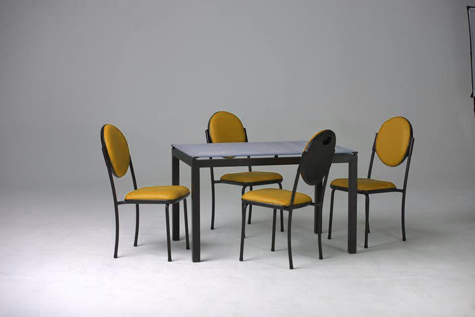 Cityshop table de cuisine agatha vitre sabl 4 chaises for Vitre pour table de cuisine