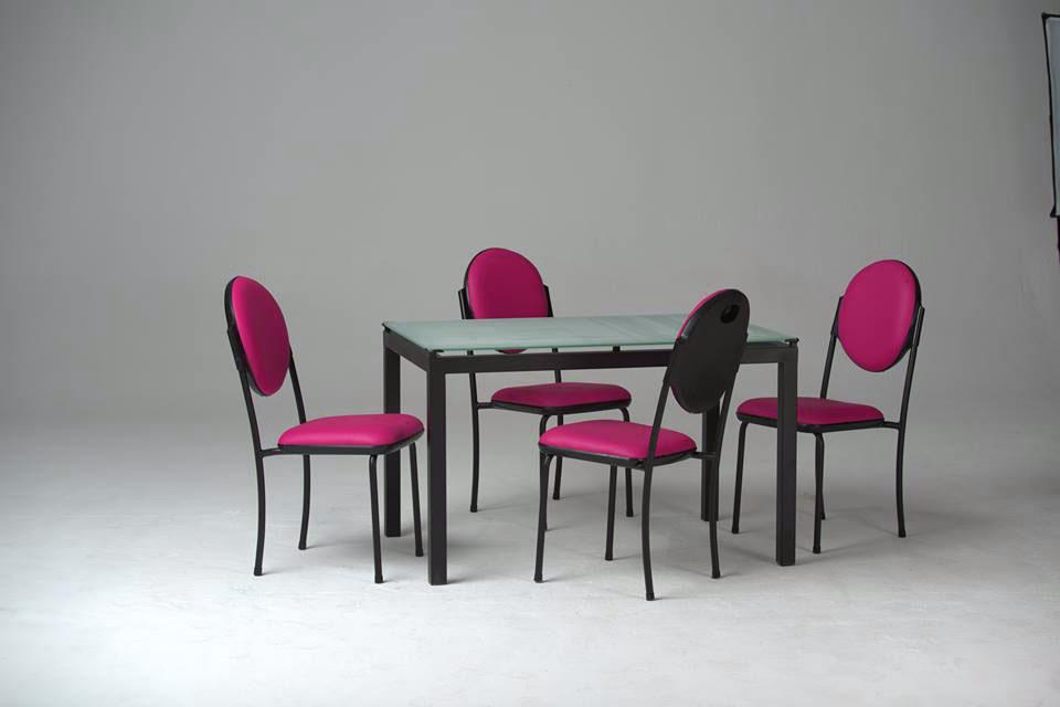 elegant vitre pour table de cuisine cityshop table de cuisine agatha vitre sabl chaises with. Black Bedroom Furniture Sets. Home Design Ideas