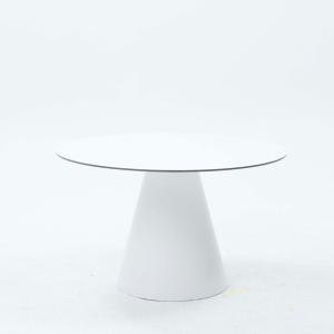 Table ronde Cone diamètre 130 cm plateau en compact