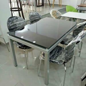 Table de cuisine agatha 120x80cm vitre coloré + 4 chaises spot capitonnées